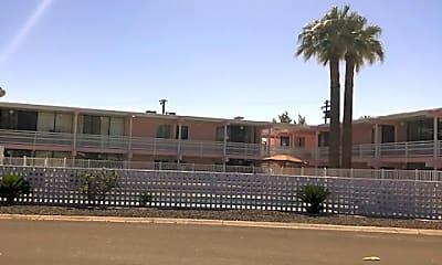 Building, 6847 E 4th St, 2