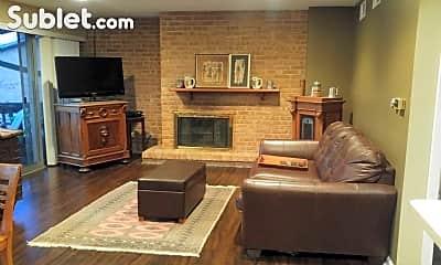 Living Room, 5529 E Lake Dr, 1