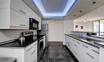 Kitchen, 750 Egret Cir, 2
