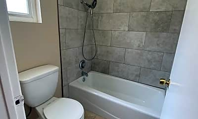 Bathroom, 328 16th St, 2