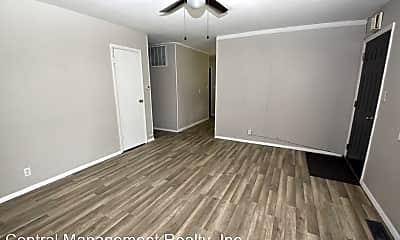Living Room, 809 Reddick St, 1