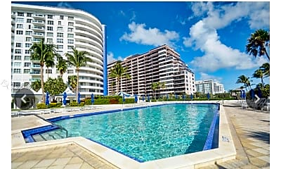 Pool, 5161 Collins Ave 1510, 1