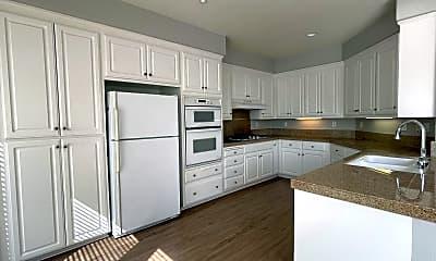 Kitchen, 1688 Riverwalk Dr, 1