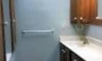 Bathroom, 612 S 10th St, 2