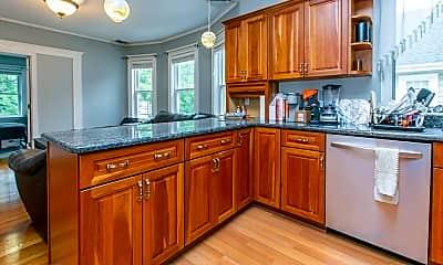 Kitchen, 60 Trowbridge St 2, 1