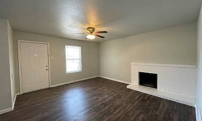 Living Room, 3208 Salisbury Ave, 1