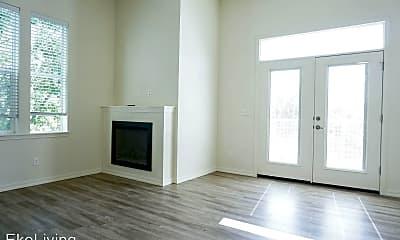 Living Room, 8510 N Ivanhoe St, 1