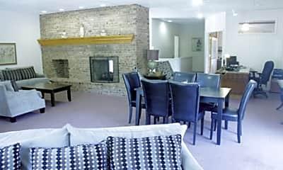 Living Room, Briarlane Apartments, 2