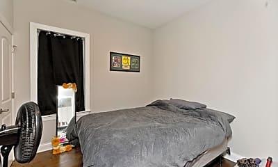 Bedroom, 2622 N Harding Ave, 1