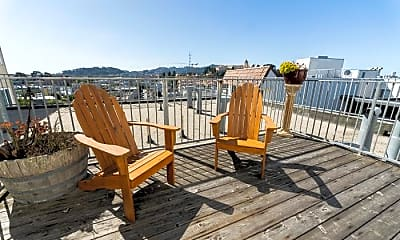 Patio / Deck, 4 Lupine Ave, 2
