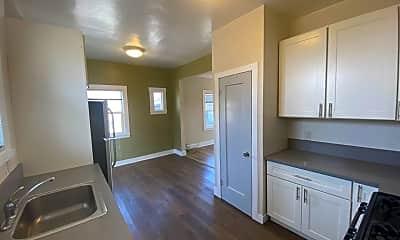 Kitchen, 727 35th St, 0