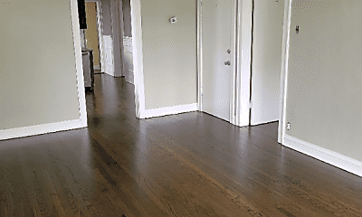 Bedroom, 4159 N Narragansett Ave, 1