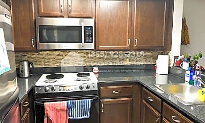 Kitchen, 709 143Rd Ave Ne 25, 0