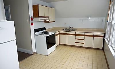 Kitchen, 631 Davis St 2, 1