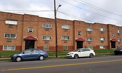 Everett Court Apartments, 2