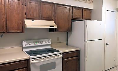 Kitchen, 36 DeAllyon Avenue Unit 105, Springwood Villas, 1