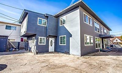 Building, 504 W Queen St 4, 2