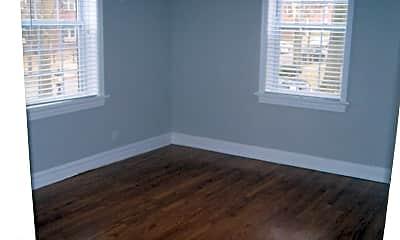 Living Room, 1042 Sanford Avenue, 2