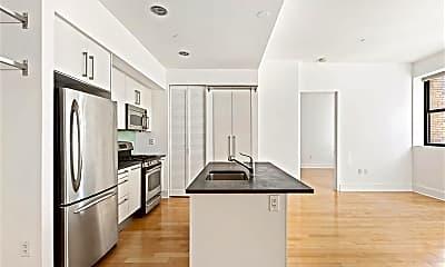 Kitchen, 4 Beacon Way 1613, 1