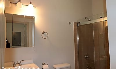 Bathroom, 286 Park St, 1