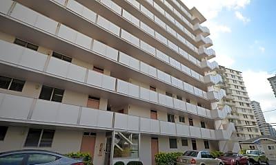 Building, 225 Lili?uokalani Ave, 1