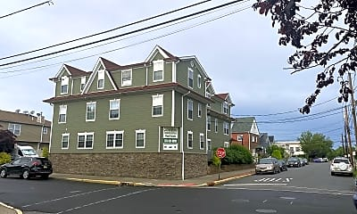 Building, 81 Lester St, 1