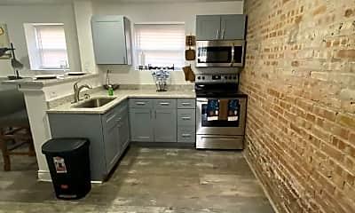 Kitchen, 5801 S Sangamon St, 2