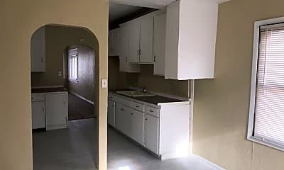 Kitchen, 1212 Vinal St, 1