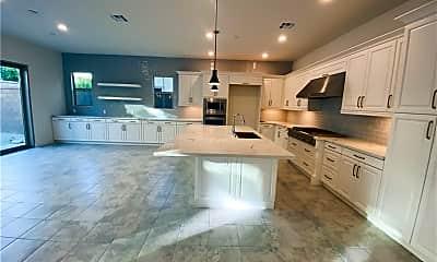 Kitchen, 122 Gemini, 1