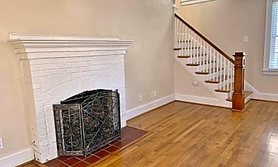 Living Room, 1139 Lexan Ave, 2
