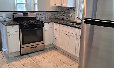 Kitchen, 567 Summer Ave, 1
