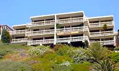 Sea Cliff, 0