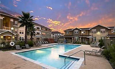 Pool, Azure Pointe, 1
