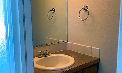 Bathroom, 807 37th Ave, 2
