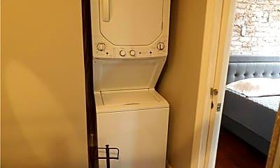 Bathroom, 212 W 5th St, 2