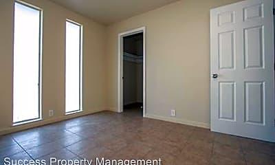 Bedroom, 835 E Main St, 2