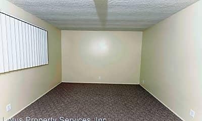 Bedroom, 322 E Live Oak St, 2