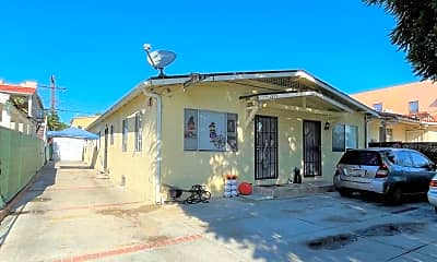 Building, 1213 S Muirfield Rd, 1