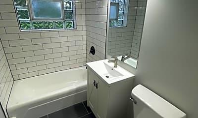 Bathroom, 5331 S Kilbourn Ave 1, 2