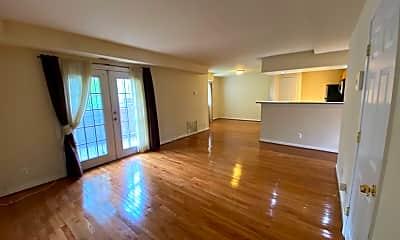 Living Room, 7516 Hawthorne St 3, 0