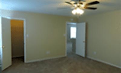 Living Room, 636 Goldenrod, 2