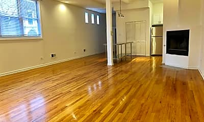 Living Room, 1121 N Wood St, 1