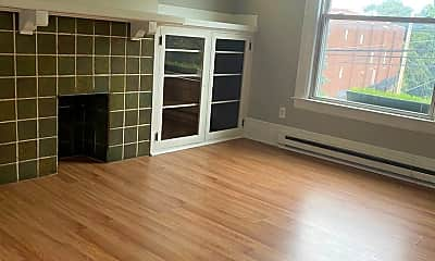 Living Room, 740 California Ave, 1