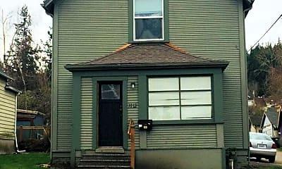 Building, 1012 E Maple St, 0