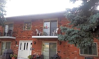 Buffalo Manor Apartments, 2