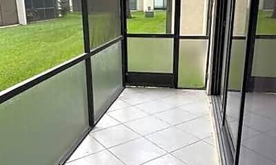 Patio / Deck, 153 W Laurel Dr, 2