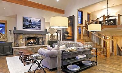 Living Room, 32 Prospector Rd, 1