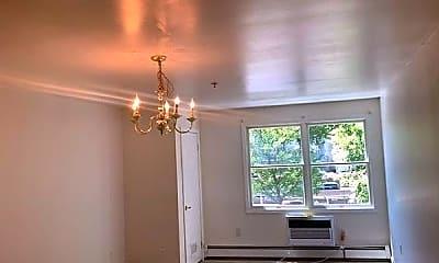 Living Room, 170 N Oraton Pkwy 206, 1
