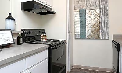 Kitchen, Forest Creek, 1