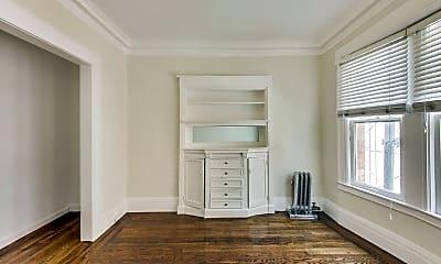 Bedroom, 655 Hyde St, 1